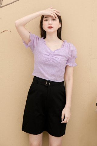 ONNE KR EYELET FRENCH RUFFLED TOP IN YAM