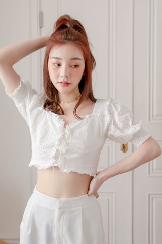 HONEY BAKED KR EYELET TOP IN WHITE