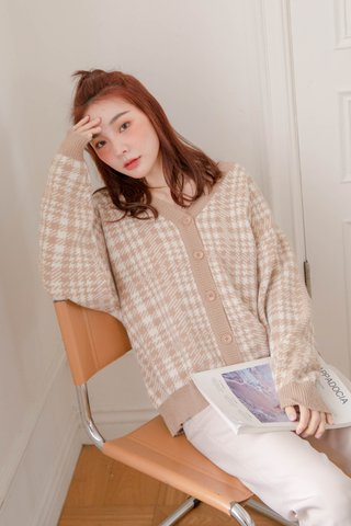 (BACKORDER) MUFFIN LATTE KR CHECKERED CARDIGAN IN MOCHA
