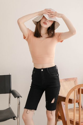 LATTE KR BASIC CROP TEE IN BABY CORAL