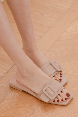 (BACKORDER 35/36/37/38/40/41) 365 LATTE KR SQUARE BUCKLE SANDALS IN MUFFIN