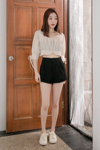 (BACKORDER S) LATTE KR A'MADE SQUARE NECK TOP IN CREAM